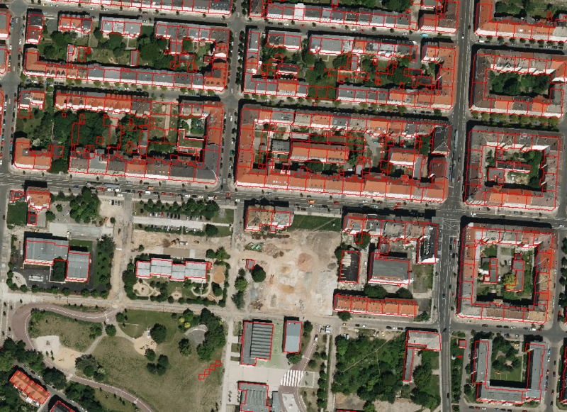 Figure E: Area of the Eisenbahnstraße. Orthophoto overlaid with the two dimensional shape file of the floor plan.